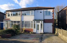 4 Bedroom House To Rent In Manchester Lettings Properties To Let In And Around Prestwich Houses To