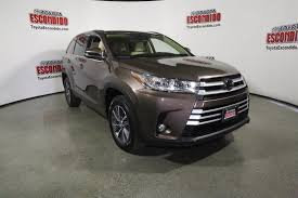 toyota sport utility vehicles new 2017 toyota highlander xle sport utility in escondido 1015188