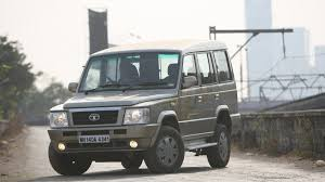tata sumo grande tata sumo gold 2012 ex price mileage reviews specification