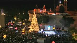 palestinians light up tree in bethlehem reuters
