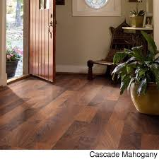 shaw industries woodford crimson faux wood laminate flooring 26 4