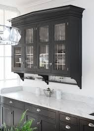 crushing on black kitchen cabinets