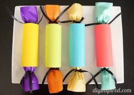 Tissue Paper Gift Wrap - toilet paper roll gift wrapping diy inspired