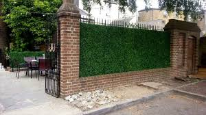 different uses of artificial hedge screens for your home privacy