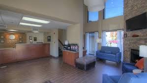 Comforter Inn Pigeon Forge Hotel Comfort Inn U0026 Suites At Dollywood Lane