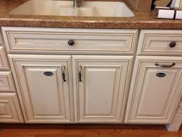 how to paint my kitchen cabinets white should i paint my kitchen cabinets white with a glaze