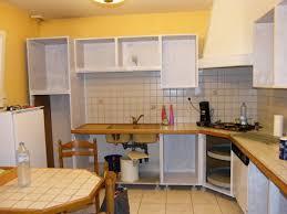 repeindre une cuisine rustique relooker sa cuisine rustique amazing meuble bas cuisine chene