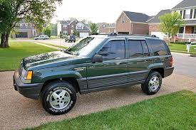 green jeep grand cherokee jeep grand cherokee review and photos