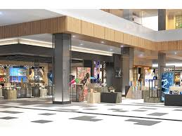 web brand showcase to debut at roosevelt field chain store age