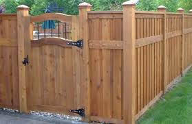 Backyard Fencing Ideas Landscaping Network - Backyard fence design