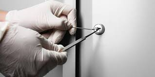comment ouvrir une serrure de porte de chambre comment ouvrir une chambre fermée à clé en moins de 10 minutes