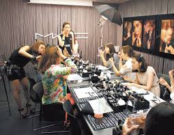 make up school home