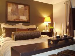 Bedroom Small Bedroom Design Ideas For Couples With Brown Color - Bedroom design and color ideas