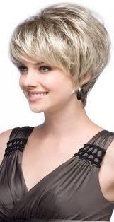 mod le coupe de cheveux les 25 meilleures idées de la catégorie coupe de cheveux effilée