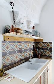 Wood Shelf Support Design by Rustic Wood Shelf With Ingenious Chain Support Improvised Life