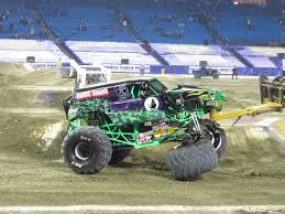 the first grave digger monster truck the world of monster jam toronto 2016