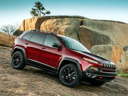 jeep cars red 2014 jeep cherokee trailhawk shown in deep cherry red late