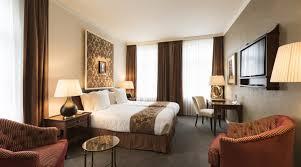 chambre de palace chambre deluxe chambres hébergement hotel dukes palace