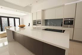 cuisine comtemporaine cuisine contemporaine blanche design de maison