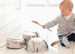 cuisine bebe aménagement cuisine bébé sécurité cuisine bébé cuisine
