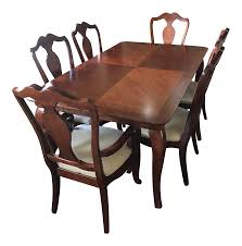 Thomasville Dining Room Table And Chairs by Thomasville Dining Table U0026 Chairs W Leaves Chairish