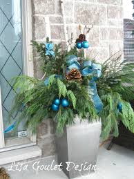 Christmas Decorations Outdoor Urns by 164 Best Christmas Outdoors Images On Pinterest Christmas Ideas