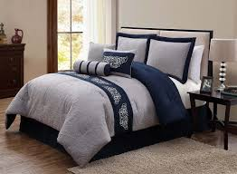 Gray And Brown Bedroom by Best 25 Navy Blue Comforter Ideas On Pinterest Navy Blue