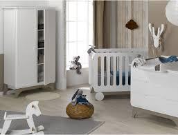 la chambre de bébé 5 choses à savoir avant d aménager la chambre du bébé les louves
