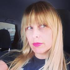 should i get bangs for my hair to hide wrinkles 6 tricks for sick bangs hint it s all about the hairbrush