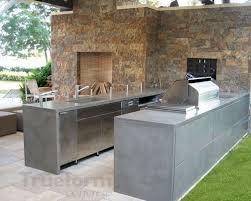 cuisine exterieure beton cuisine extérieure en béton ciré en u sur carrelage évier intégré