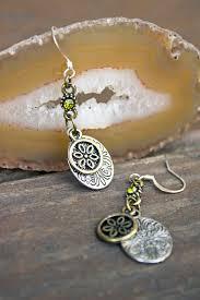 beginner earrings five minute beginner earrings lion creations