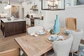 kitchen cabinets what color table should the dining table match the kitchen cabinets home