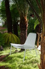mobilier exterieur design nymphéa chaise design pour parc publics