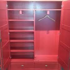 Wohnzimmerschrank Fichte Massiv Holzschrank Murewa In Rot Aus Fichte Massiv Wohnen De