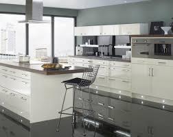 peindre une cuisine en gris peinture cuisine 40 idées de choix de couleurs modernes