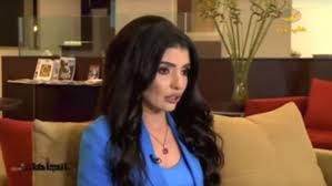 saudi female news anchor saudi tv anchor wants women to stand next to and lead men in pray