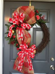Decorate Christmas Grapevine Wreaths by 70 Best Christmas Winter Grapevine Wreaths Images On Pinterest