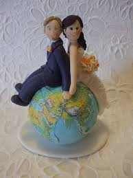 themed wedding cake toppers custom and groom travel wedding cake topper wedding cake
