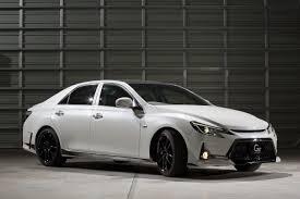 white lexus black roof tokyo auto salon toyota mark x g sports carbon roof concept w video