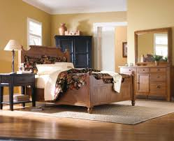 Broyhill Furniture Bedroom Sets by Broyhill Furniture Attic Heirlooms Brown Or Black Plank Wood