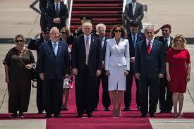 donald trump israel trump meets real israel with selfies and media bashing the forward