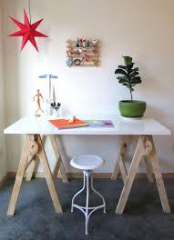 Diy Sawhorse Desk by 1 Hour Saw Horse Craft Table