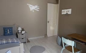 chambre bébé couleur taupe quelle couleur choisir pour une chambre d enfant hubstairs
