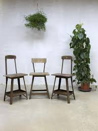 Vintage Industrial Bar Stool Vintage Industrial Bar Stools 1930s Set Of 3 For Sale At Pamono
