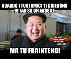 Meme Droga - quando i tuoi amici ti chiedono di far su un missile ma tu