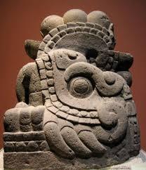 imagenes idolos aztecas escultura azteca características símbolos e imágenes