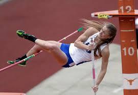 Evan Davis Blind Blind Pole Vaulter Charlotte Brown Finishes Third At State Meet