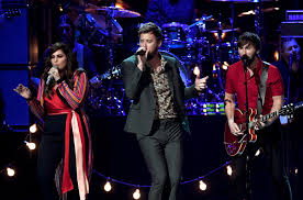 Small Desk Concert by Lady Antebellum Acm Awards 2017 Performance U0027you Look Good