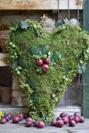 Moss Vase Filler 352 Best Moss Images On Pinterest Christmas Ideas Moss Wreath