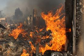 California Wildfires San Diego by California Fires 10 Large Scale Blazes Rage Winds May Decrease Today